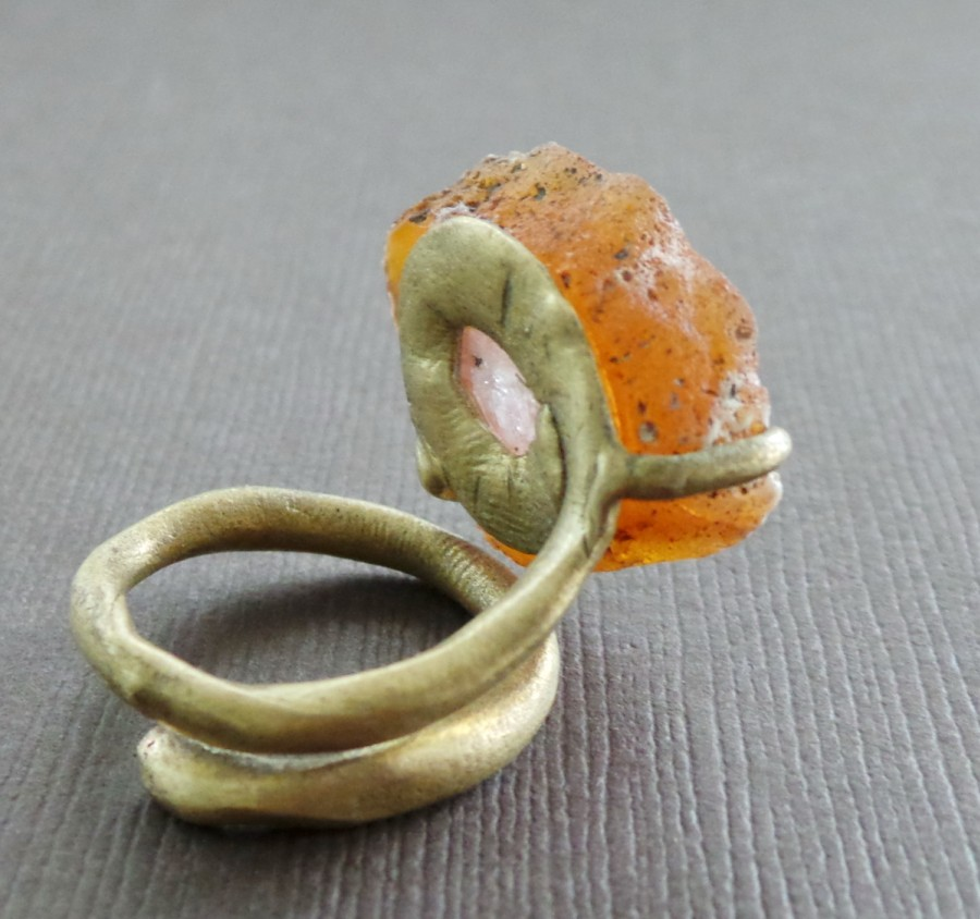 Raw Honey Agate Bronze Ring